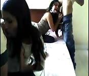 Una bella ragazza colombiana arrapata in un quadrato amatoriale