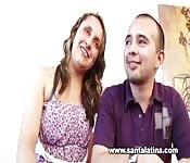 Kolumbianisches Paar fickt vor der Kamera