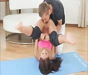 Elle se tape le prof de yoga