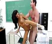 Heerlijk neuken in de klas