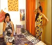 Lesbian Indian Aunty Hot Masti at Home