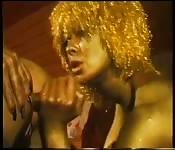 El polvo vintage dorado