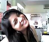 Teen indiana vogliosa mostra il suo bel culo alla webcam