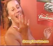 Großmutter liebt Sperma