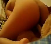 Ta copine a un petit ourson spécial