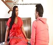 Une indienne qui aime vraiment le sexe