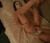 Un masque pour la protéger