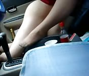 Bien baisée dans la voiture