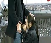 Boquete no alto de uma torre