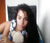 Amateur kleine Brüste Latina