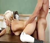 Trompe son professeur pour obtenir de bonnes notes