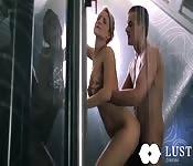 Baise avec son amant dans la douche