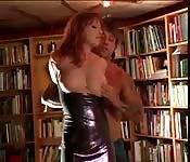 Bunda grande fodida na biblioteca