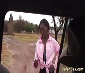 Sexo alucinante durante un safari