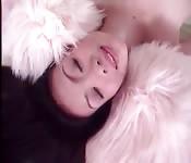 Sexy asiatisches Luder mit feuchter Fotze