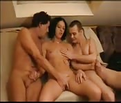 Amateur swingers have fun