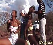 Afrikaanse sex safari Trio orgie
