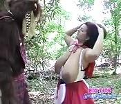 Hure mit massiven Titten vom Bärenmann gefickt