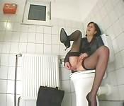In die Toilette gemolken