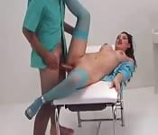 Sex mit dem Arzt im OP-Saal
