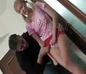 Sexo anal para la jovencita