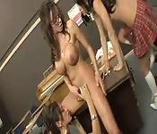 Fleißige lesbische Schulmädchen