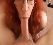 La vue se gros seins et d'une bite