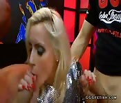 Slut gives deepthroat and gets anal pounding