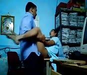 Secretária indiana fodendo com o chefe