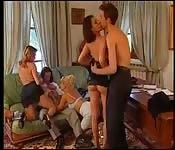 Napalona grupa z Włoch uprawia seks