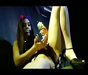 Fetichismo, sexo e comida com Sasha Grey