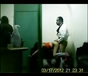 Pastor de una iglesia se folla a una feligresa