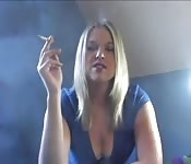 Felix Pilot fetyszy: Palenie