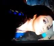 Bollywood babe wordt stout