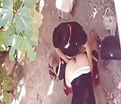 Amatrice Arabe baise en public
