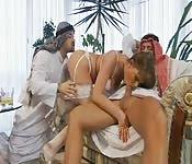 Une Arabe en trio