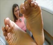 Des pieds, et encore des pieds