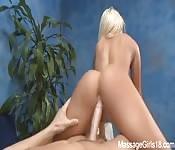 Verwend door enorme lul na massage