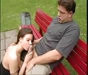 Super seance de sexe dans le parc