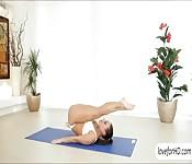 Super flexible yoga babe Mea Malone anal