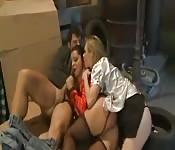 Trio in het magazijn