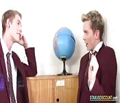 Bareback classroom fuck with two twinks