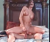 Hot MILF shows that she still knows how to ride