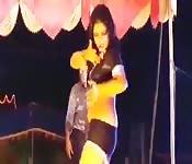 Indian Superstar's Sexy Dance Routine