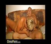 OmaPass Older couple amateur video