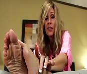 Sexy madura com fetiche de pés