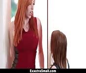 Lesbico Enorme Mamá Y Pequeña Hija