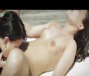 Una tarde húmeda entre lesbianas