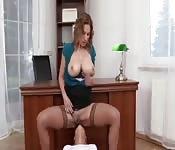 Chicas lesbianas en la oficina