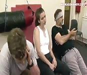 Harde anale seks op sportschool
